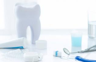 Oral hygiene revisited. The clinical effect of a prolonged oral hygiene phase prior to periodontal therapy in periodontitis patients. A randomized clinical study