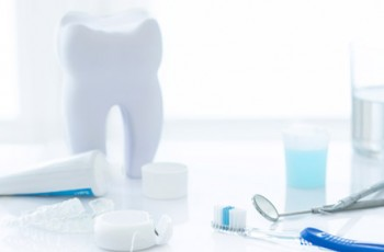 Oral hygiene revisited. The clinical effect of a prolonged oral hygiene...